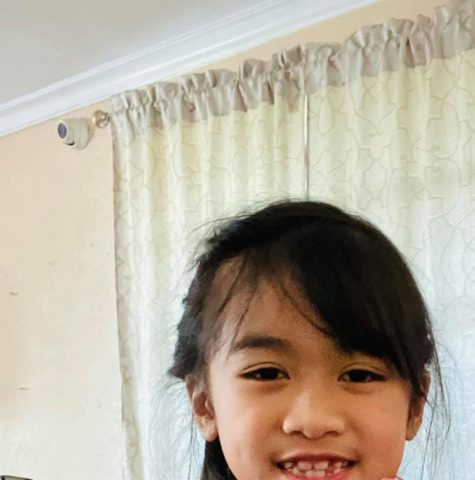 The Culver City church has helped 2,000 homeless people in the Venice Beach area by giving them food, clothing, toiletries, and blankets. Photo by Arlines Ordonez.