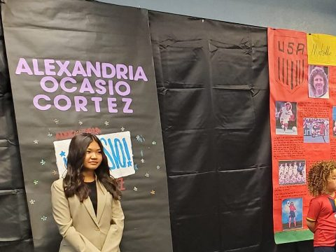Central Japanese church celebrates Thanksgiving with one another.